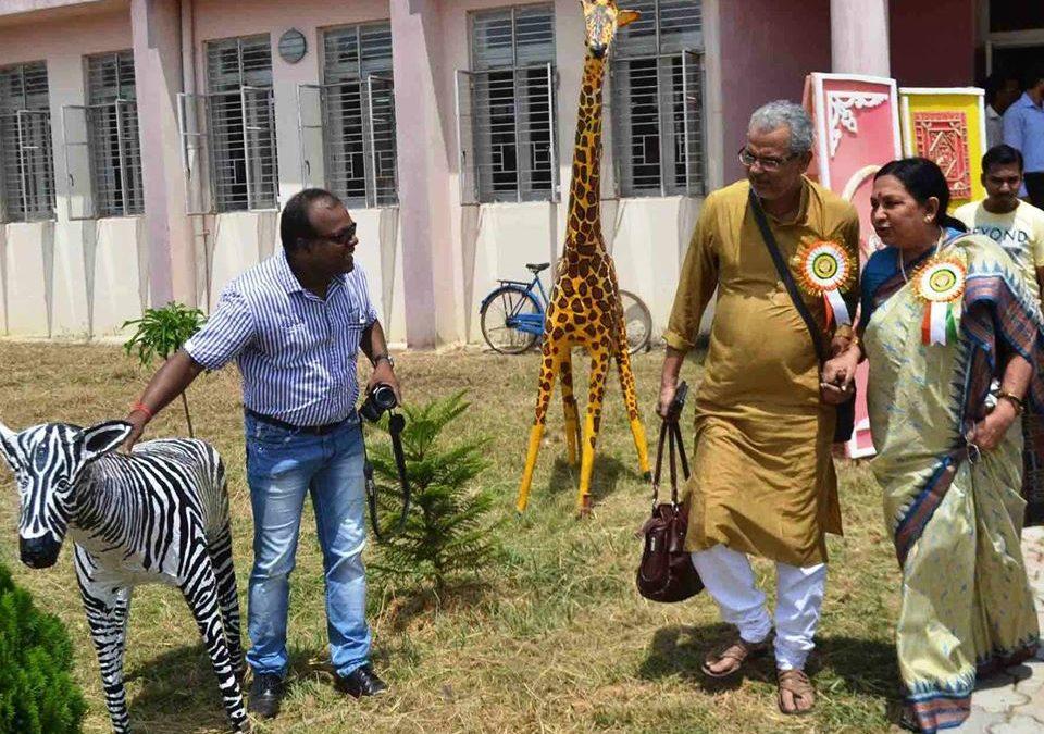 Celebrity Sandhya Roy appreciated my art work.